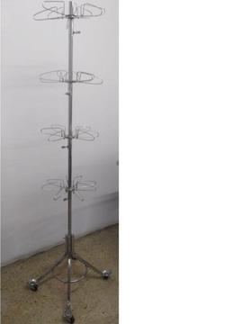 Perchero mostrador de metal con ruedas para venta de ropa o accesorios / estado 10/10 Nuevo