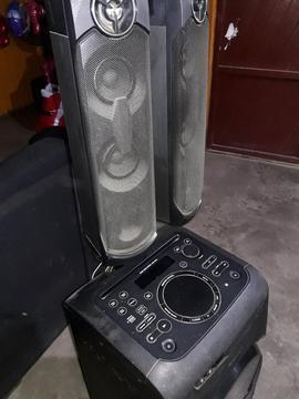 Equipo de Sonido Sony Modelo Ss-gt4db